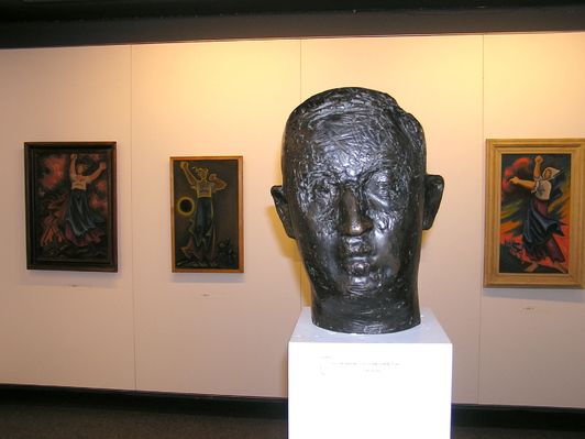 A bust and exposition of Josef Čapek
